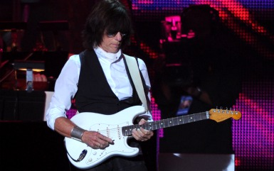jeff beck Jeff Beck Brings The Festive Tribute Inside Rock N Roll Party (Honoring Les Paul)