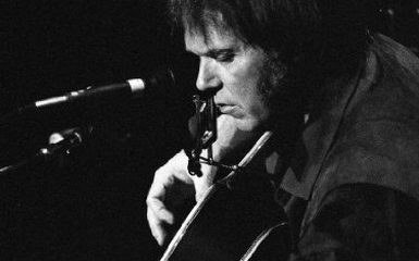 neil young 385 Neil Young Releases A Treasure From The Archives   Live Album Out Now
