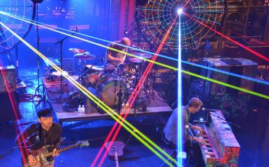coldplay lol 385 Coldplay On CBS Sunday Morning   Gearing Up For Mylo Xyloto Release on 10/24